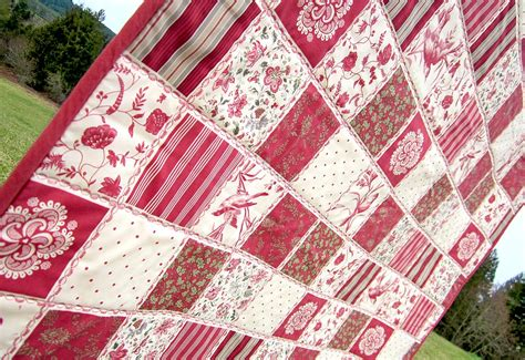 Quilt Cheater Fabric by Fast Cheater Quilt With Piping Sew4home