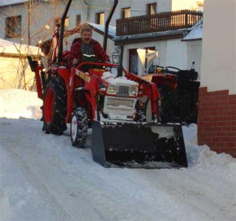Traktor Neu Lackieren Kosten by Kleintraktor Allrad Traktor Kubota L1802dt Frontlader Neu