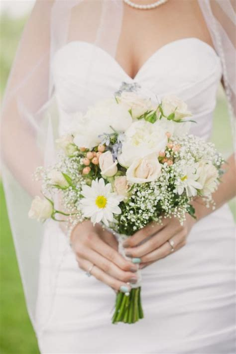 Wedding Bouquet Of Daisies by The World S Catalog Of Ideas