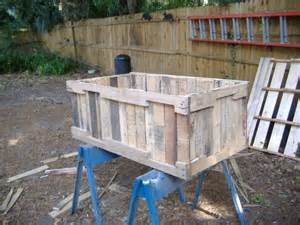 planter from pallets no nail pull method