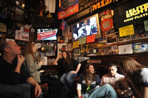 top sports bars nyc best bars for march madness in new york city 171 cbs new york