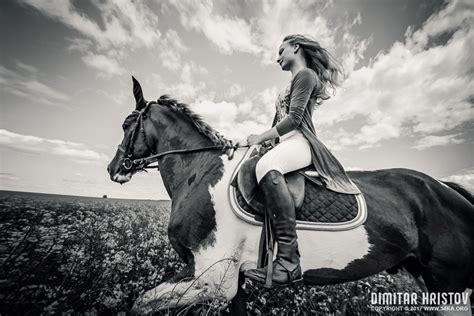 girls riding horse  beautiful meadow ka photo blog
