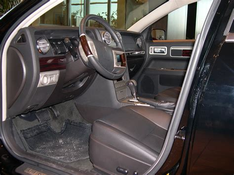 interior pictures file 2006 lincoln zephyr interior jpg wikimedia commons