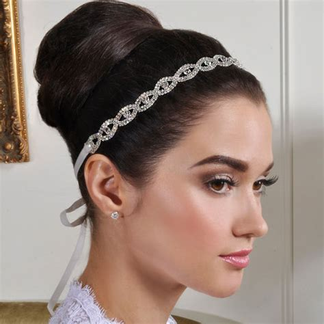 Wedding Hair Mostly by How To Choose Best Bridal Hair Accessories How To Do