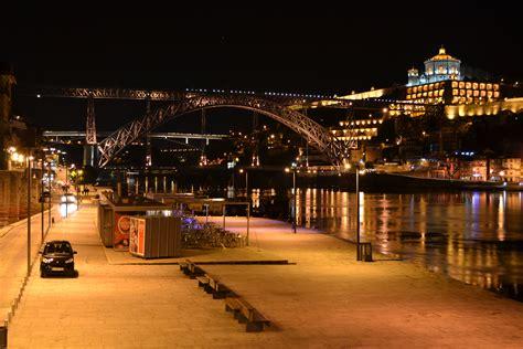 nightlife porto low cost porto experience mondays on quot ribeira quot