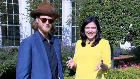 wesley schultz wife one of rock s biggest bands heads to the white house video