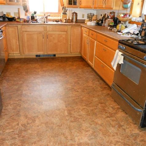 Vinyl Flooring Options Wonderful Best 25 Vinyl Flooring Kitchen Ideas On Pinterest With Redbancosdealimentos