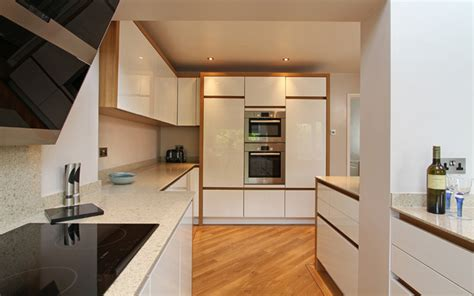 Kitchen Cabinets With Inset Doors by White High Gloss Kitchen With Oak Panels In Alton