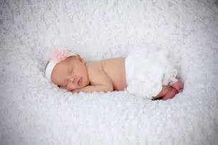 newborn posing image result for http barrusphoto wp content uploads 2012 04 terry no facebook 0080