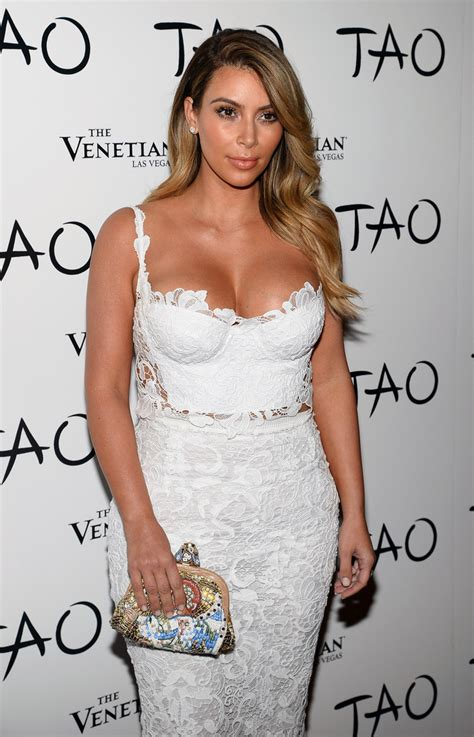 celebrity style personality kim kardashian wows in a sexy lacy getup for her 33rd