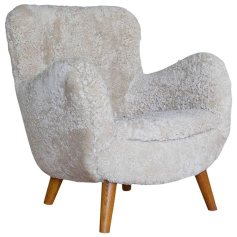 sheepskin lounge chair covers sheepskin chair 100 images des montagnes sheepskin