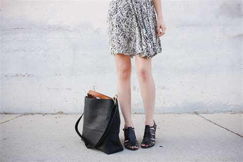 Urban Outfitters Giveaway - new darlings urban outfitters tote giveaway new darlings