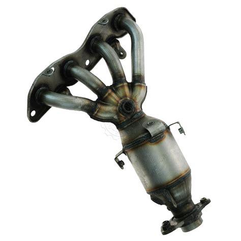 converter hybrid exhaust manifold catalytic converter assembly for 03 05