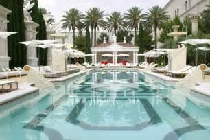 Garden Of The Gods Las Vegas Summer Scorchers The Best Vegas Pool For Cool Day