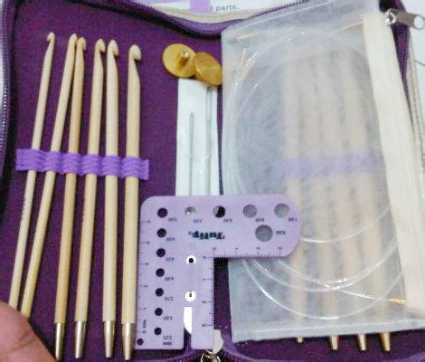 Alat Rajut Tatting Yarn Tools Isi 2 alat rajut set tulip carry t tunisian hook set