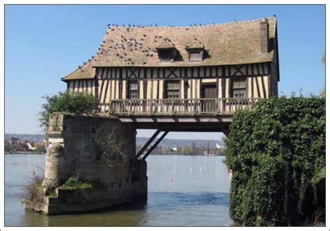 bizarre houses strange house 8 amazingmaterial com