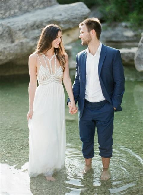 Outdoor Engagement Session In Austin, TX   Wedding Sparrow