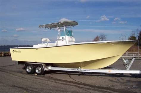 center console boats diesel research blue fin boats 270 islander diesel edition center