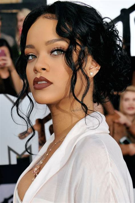 rihanna best celebrity bodies 25 best ideas about rihanna nails on pinterest long