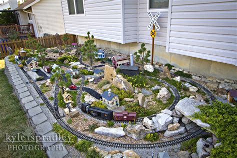 Garden Railroad Layouts Kyle Spradley Photography Hann S Garden Railroad