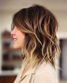 hair styles cut hair in layers and make curls or flicks 25 most superlative medium length layered hairstyles
