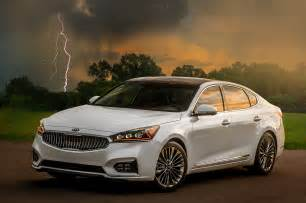 2017 kia cadenza reviews and rating motor trend