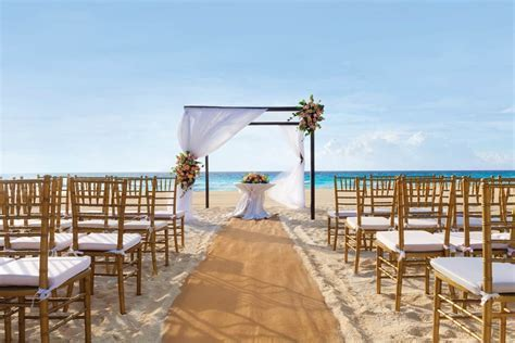 Panama Jack Resort Cancun   Modern Destination Weddings