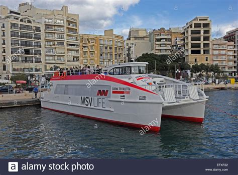 catamaran ferry malta top cat 1 sliema to valletta ferry operated by msv life