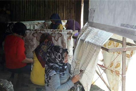 Bahan Pewarna Alam Batik 3 banyuwangi merdeka pakai bahan pewarna alam batik banyuwangi incar pasar internasional