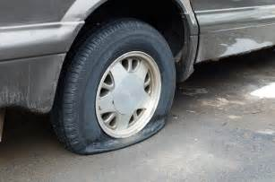 Car Tires Going Flat Honda Helps How To Change A Flat Tire