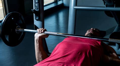5 bench press mistakes that 10 worst bench press mistakes muscle fitness