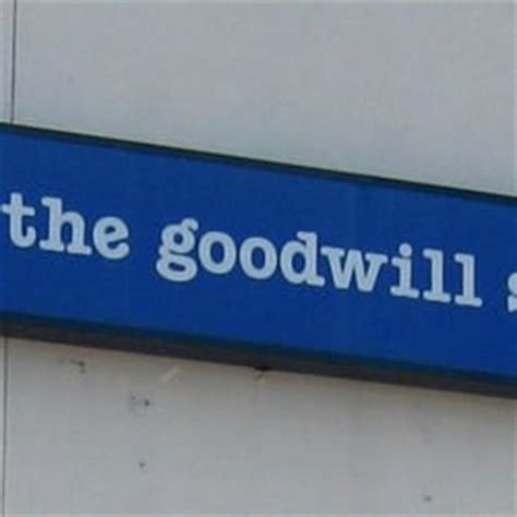 The Goodwill Store Thrift Stores 625 Southern Artery | the goodwill store 28 reviews thrift stores 625