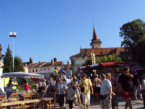 Marche De by March 233 De Louhans