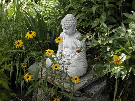 praise  buddha gardens