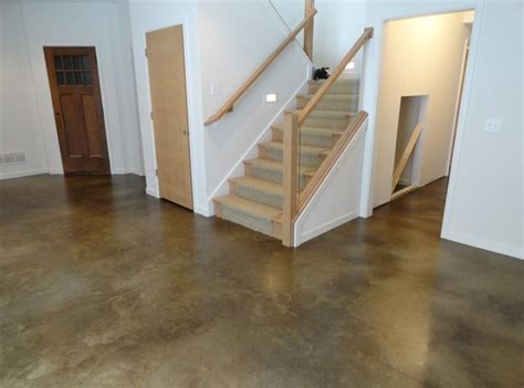 Seal Basement Floor by Basement Floor Sealer Types And Uses Flooring Ideas