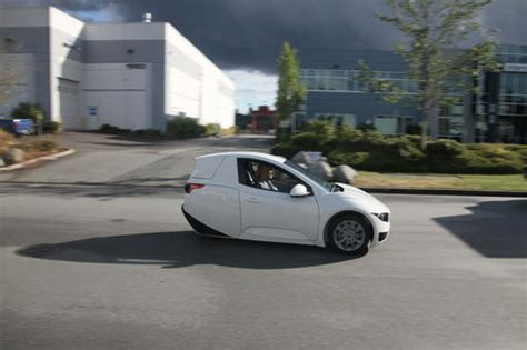 3 Wheel Electric Car For Sale by Three Wheeled Electric Vehicle Set To Go On Sale This Year