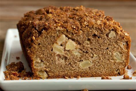 Apple Quick Bread   30497 apple quick bread pecan streusel jpg