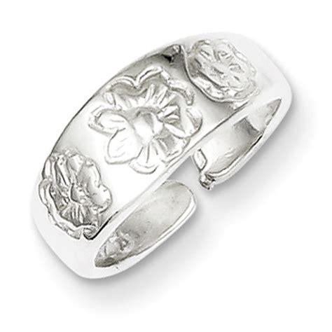 freshtrends flower imprint sterling silver toe ring