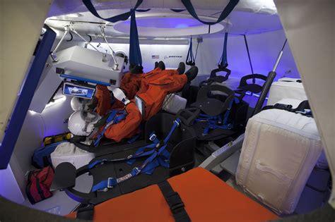 space seating boeing unveils cst 100 spacecraft rocketstem