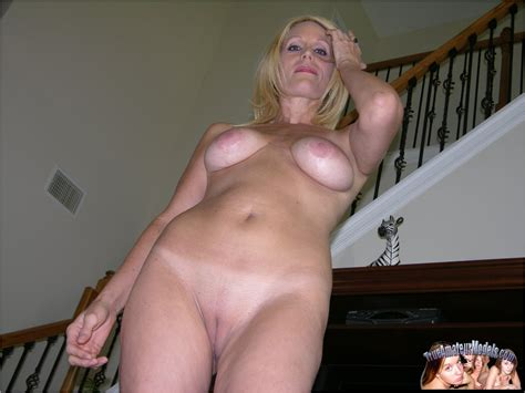 Blonde Amateur Milf With Huge Natural Breasts Pichunter