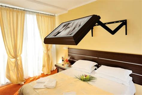 tv bed mount tv mount over the bed for the home pinterest