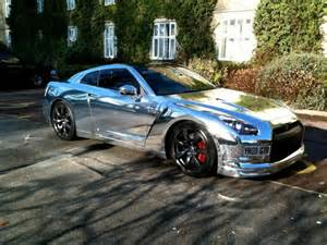 nissan gt r chrome white and matte black car wraps car