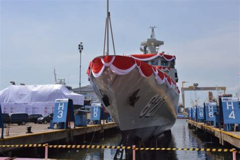 Jual Pisau Kerambit Surabaya peluncuran kcr 60m kri kerambit 627 jakartagreater