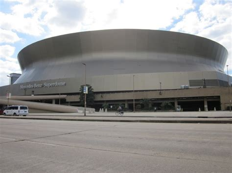 mercedes new orleans the mercedes superdome in new orleans louisiana