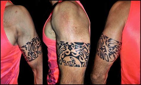 cool men show armband tattoo on bicep tattooshunter com
