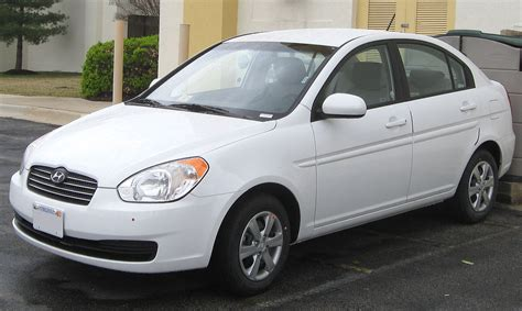 how it works cars 2006 hyundai accent parking system file hyundai accent sedan 03 24 2011 jpg wikimedia commons
