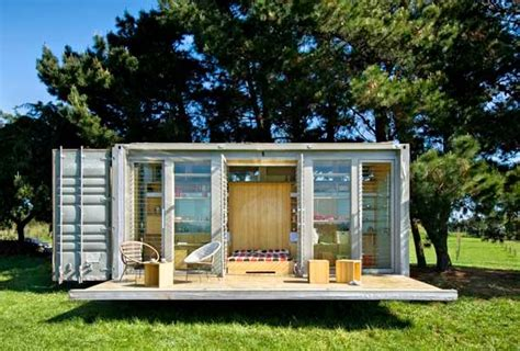 Garage Rooms awe inspiring homes made from re used shipping containers