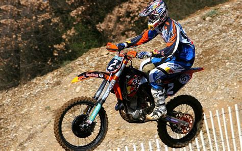 Searle Ktm Fim World Motocross Gun Searle Leads The