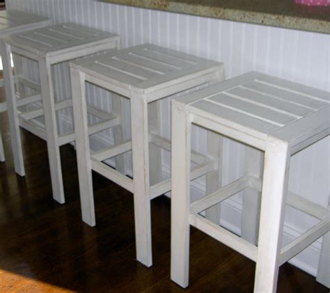 Diy Outdoor Bar Stools | ana white stools for the bar table for the simple