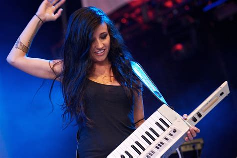 Lights Song by Power Canadian Pop Singer Lights Is A Global Citizen Craig And Marc Kielburger